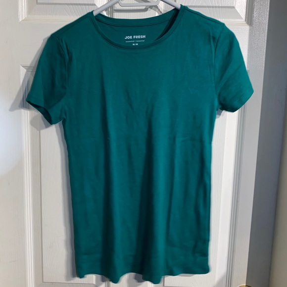 Joe Fresh t-shirt  size M